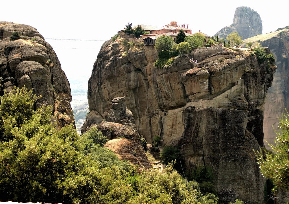 Escape to enchanting Meteora, a fantastic excursion from Athens (Picture by Thomas Depenbusch / Flickr)