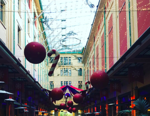 Take a break from shopping at CityLink in the centre of Athens (Picture by el_jonsson/Instagram)