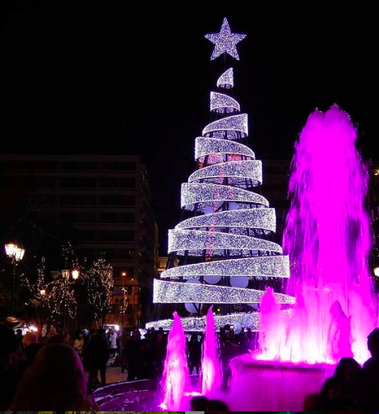 The lights of Syntagma Square (Picture by a nna.gvll  via Instagram)