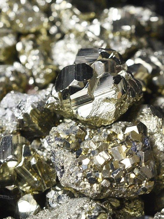 la-fiancee-du-facteur-pyrite.jpg