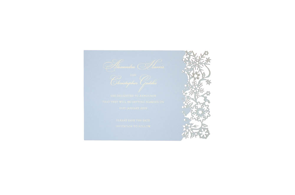 Chartula | Snowflake Bespoke Laser Cut Save the Date | Bluebell Cream #LuxuryWedding #WinterWedding #ChristmasWedding #Snowflakes | www.chartula.co.uk