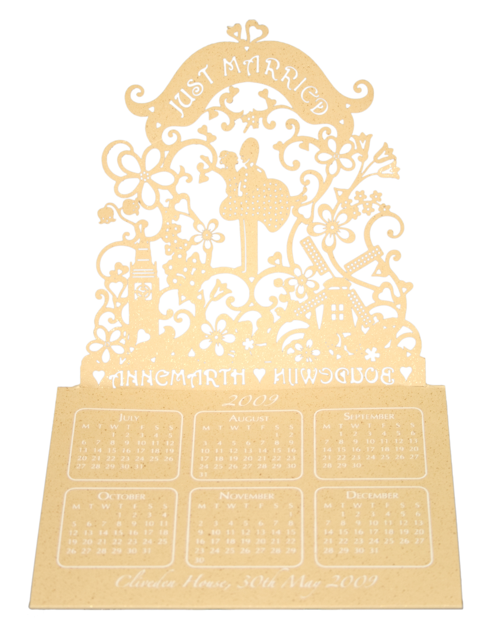 Chartula | Little City Tales Laser Cut Calendar Favour #LaserCut #LuxuryWedding #BespokeStationery #LondonWedding #AmsterdamWedding | www.chartula.co.uk