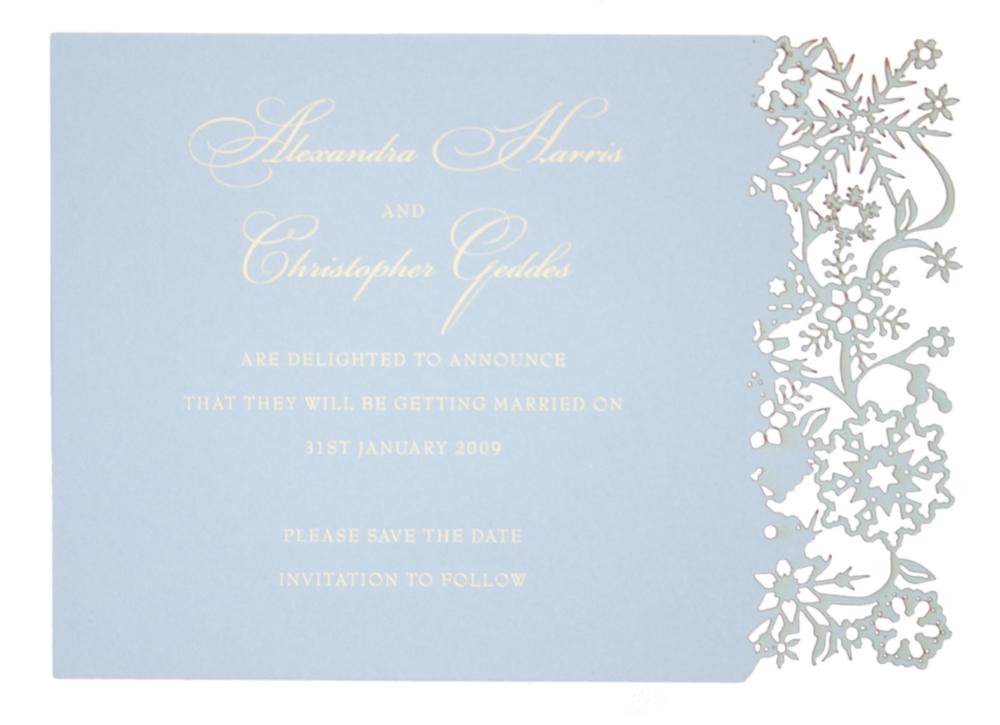 Chartula | Snowflake Bespoke Laser Cut Save the Date | Bluebell Cream #LuxuryWedding #WinterWedding #ChristmasWedding #Snowflakes | www.chartula.co.uk