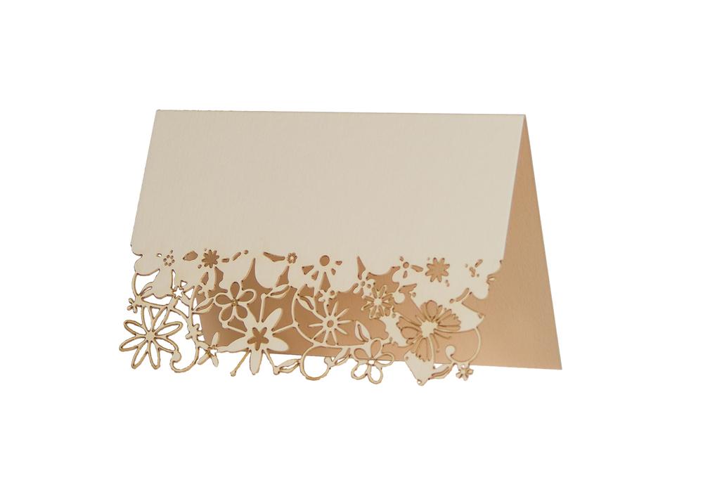 Chartula | Fairytale Bespoke Laser Cut Place Card | Natural #LuxuryWedding #FairytaleWedding #PrincessBride | www.chartula.co.uk