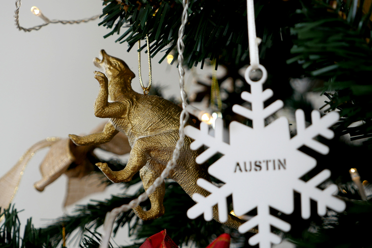 DIY gold dinosaur christmas tree decoration