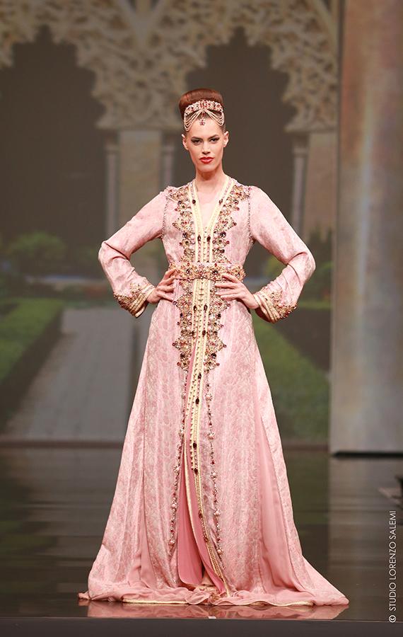 Caftan Haute Couture Fouzia Naciri - Inspiration Rose Dorée Face 8a2a368ae03