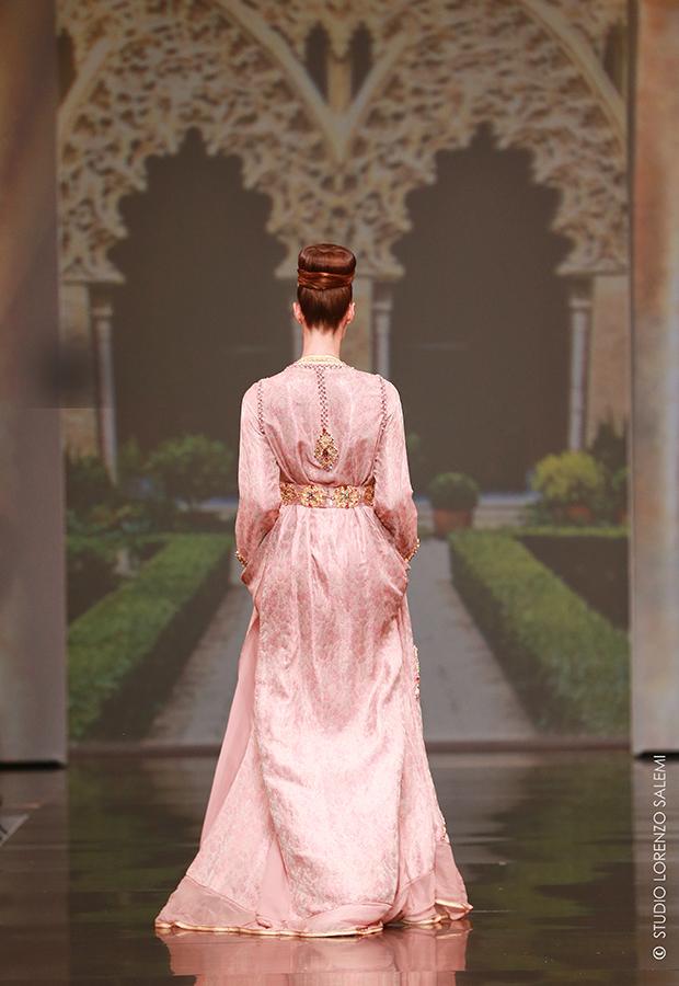 Caftan Haute Couture Fouzia Naciri - Inspiration Rose Dorée Dos