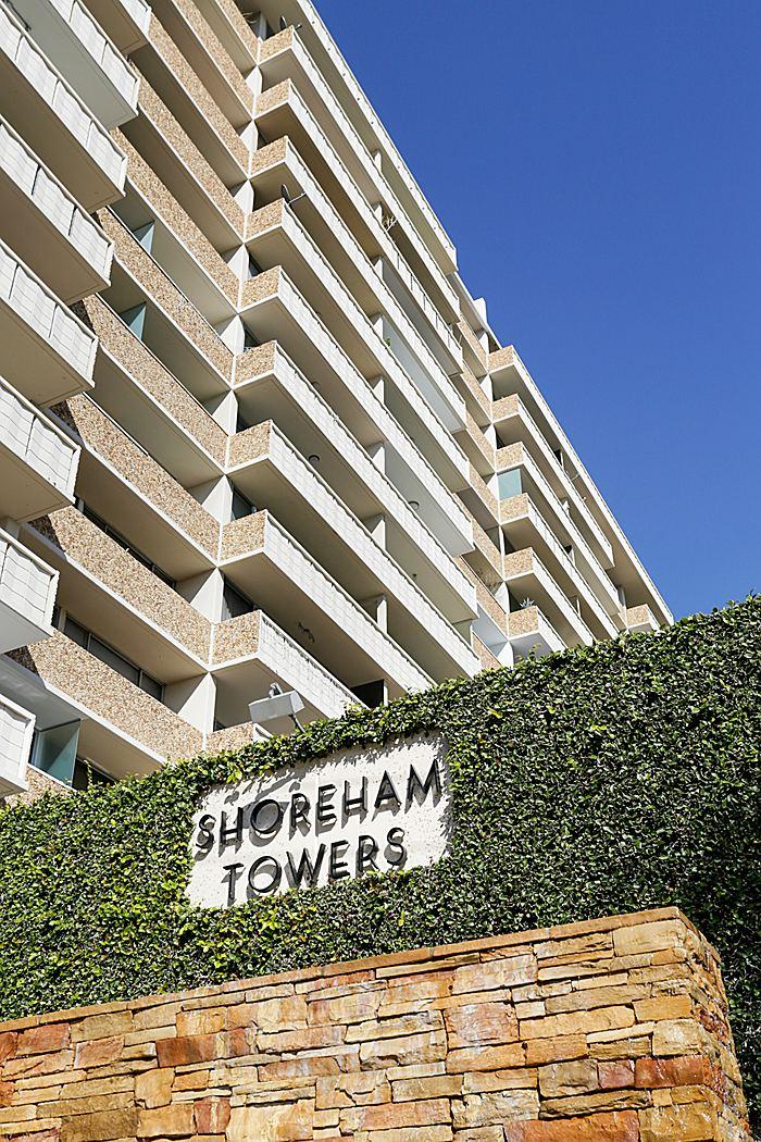 06 shorehamtowersmonumentsign_700.jpg