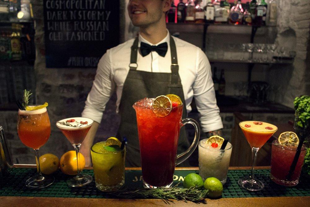Cocktails-og-kander_2017_barchef.jpg