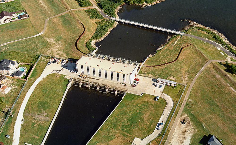 Elmwood Canal.jpg
