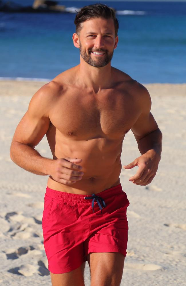 "HE'S used to being chased but former Bachelor star Tim Robards will have to do it on sand this time.  The fitness fanatic is taking part in the annual Bondi Barefoot race to raise money for the North Bondi Surf Club.  The Bondi local will hit the sand in one of the event's new races, the Celebrity Barefoot Bolt.  While he hasn't sand sprinted in quite a while, Mr Robards said he will start conditioning his body for the event to give it his best go.  ""A lot of people don't understand soft sand running; they think it's worse on the body. But there are actually a lot of benefits to it,"" he said."