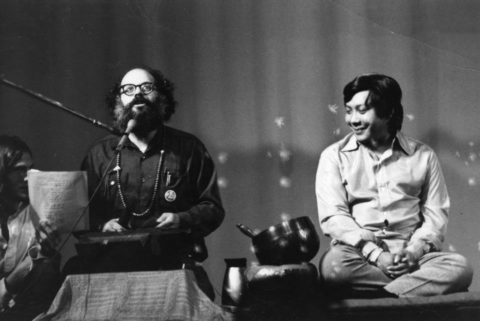 wetbehindthears: Allen Ginsberg and Chogyam Trungpa Rinpoche.
