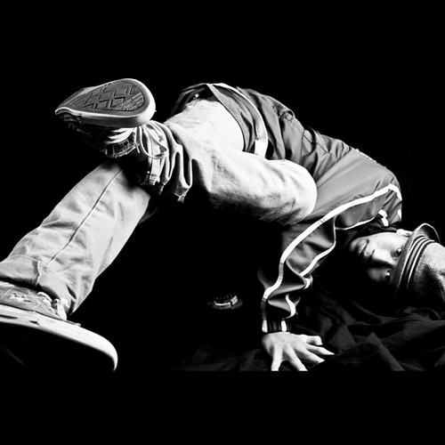 fuckyeahbreakdance :      http://prrsqn.tumblr.com/