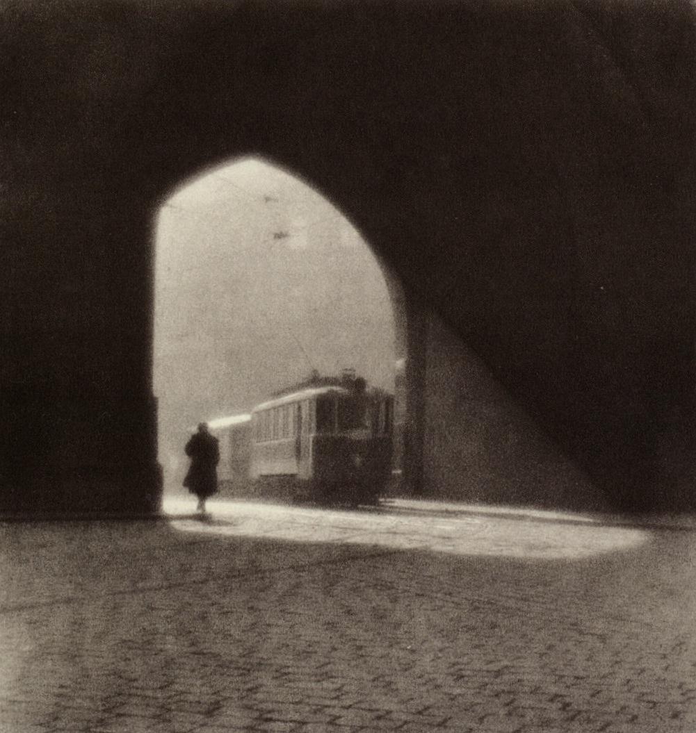 magictransistor :     Josef Sudek,  Morning Tram , 1924.