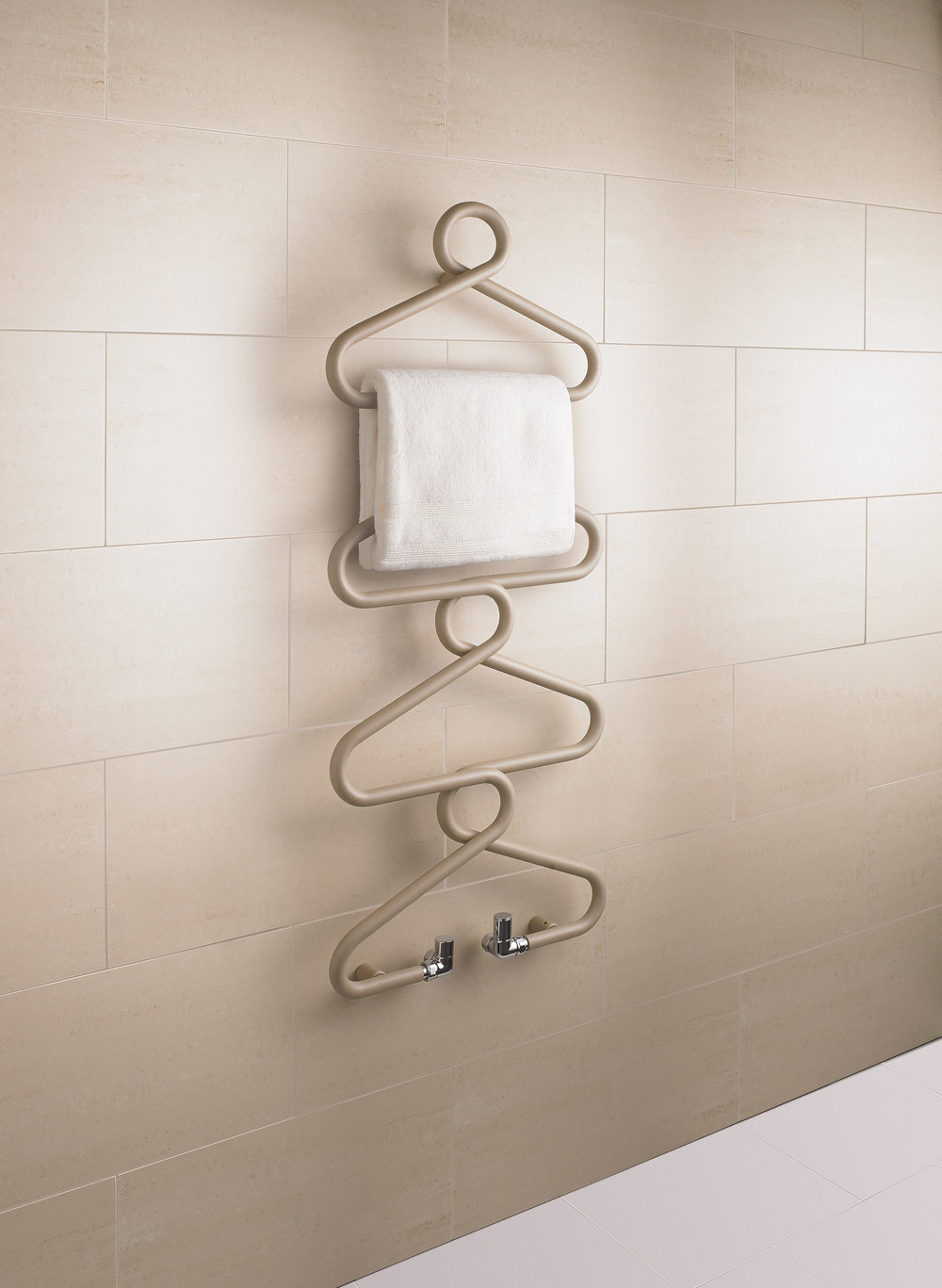 Archibald - Beige Quartz (Room Set -  With Towel).jpg