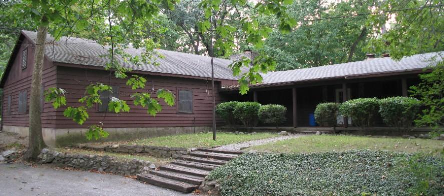 Lodge-1-887x393.jpg