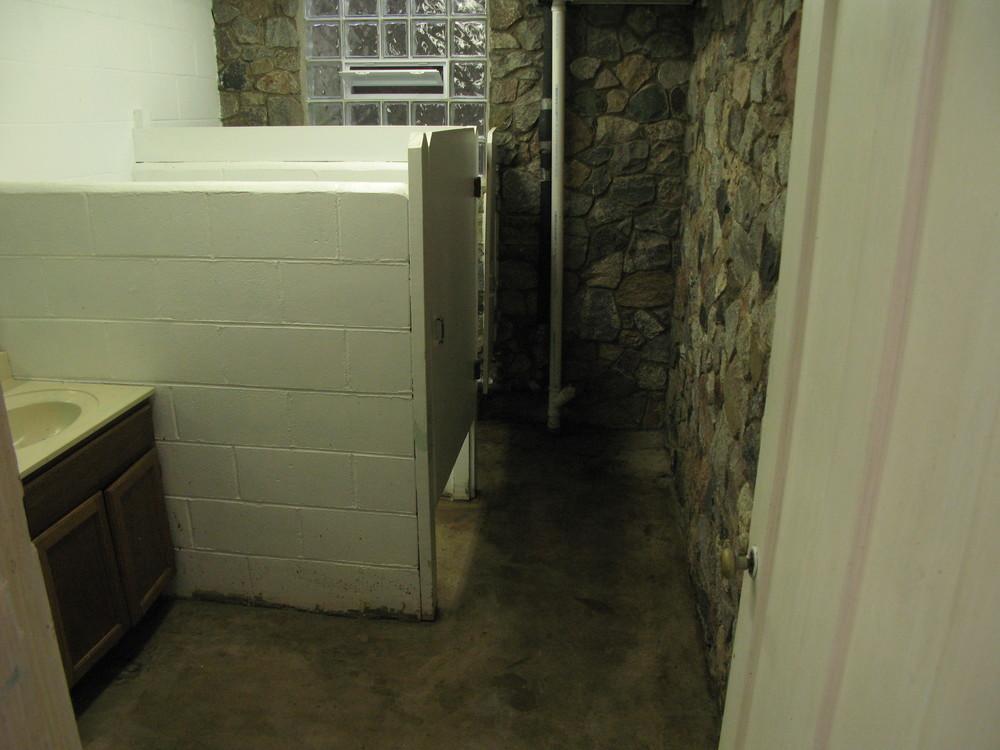 Women's Stall - Before