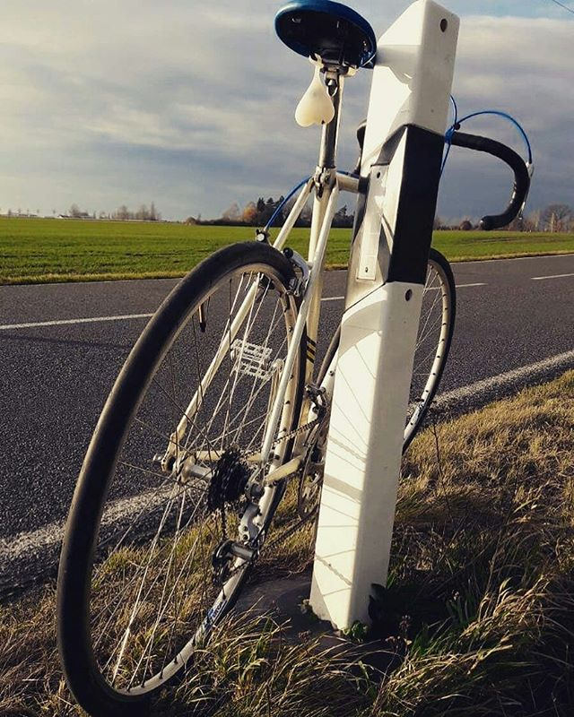 Repost from @vintage_velorian -  On the road...test ride of a Gazelle #velorian #roadbike #steelbike #vintagebike #retrobike #bikerestoration #bikeballs #instabike #bikegear