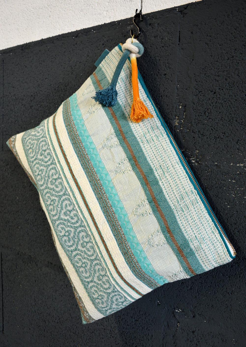 beach pouches perse celadon 3.jpg