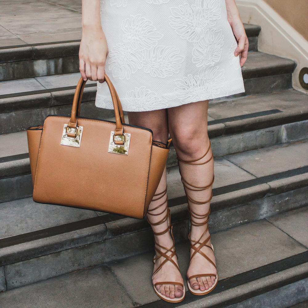 dress: loft | handbag: windsor | sunglasses: zerouv | sandals: zara