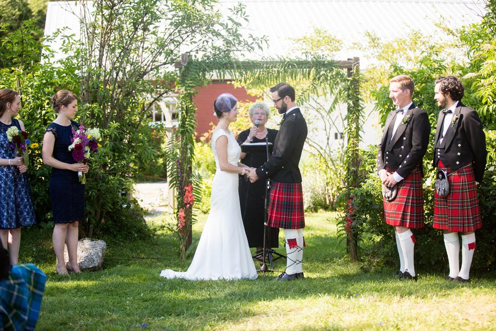 377-hubbards-barn-wedding-------.jpg