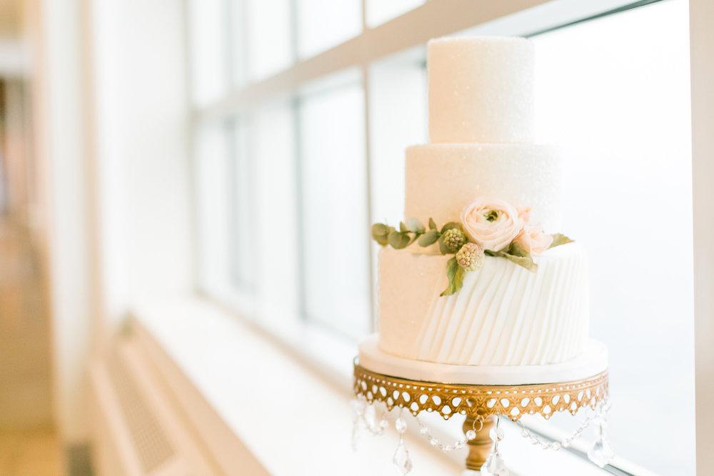 254-halifax-indie-wedding-social-just-iced-custom-cakes.jpg
