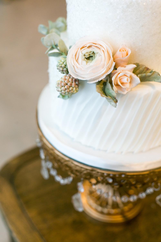 258-halifax-indie-wedding-social-just-iced-custom-cakes.jpg
