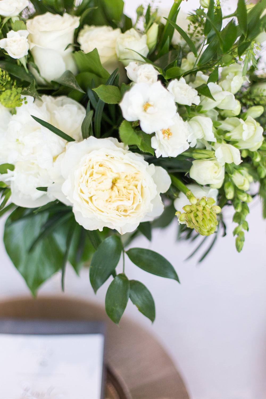 397-chelsea-lee-flowers.jpg