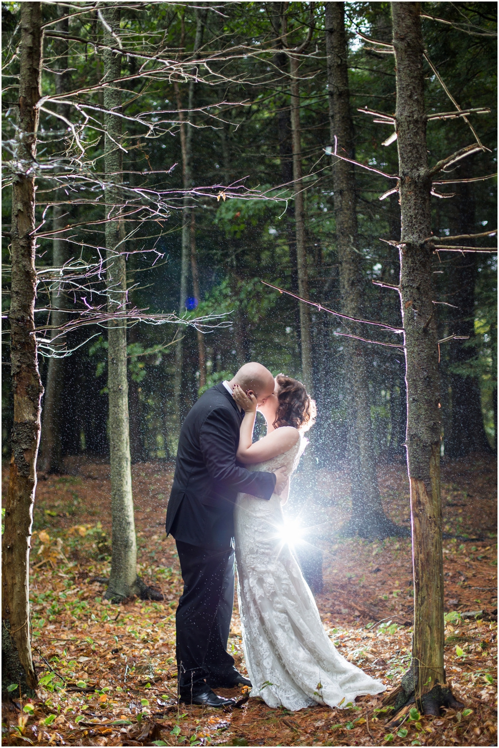 Rainy-Halifax-Weddings-Chantal-Ruthier-Photography_0003.jpg