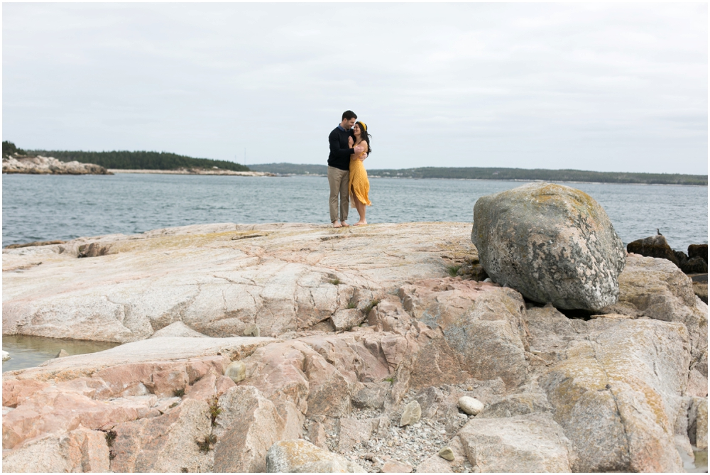 Crystal-Crescent-Beach-Engagement-Session-Chantal-Routhier-Photography_0006.jpg