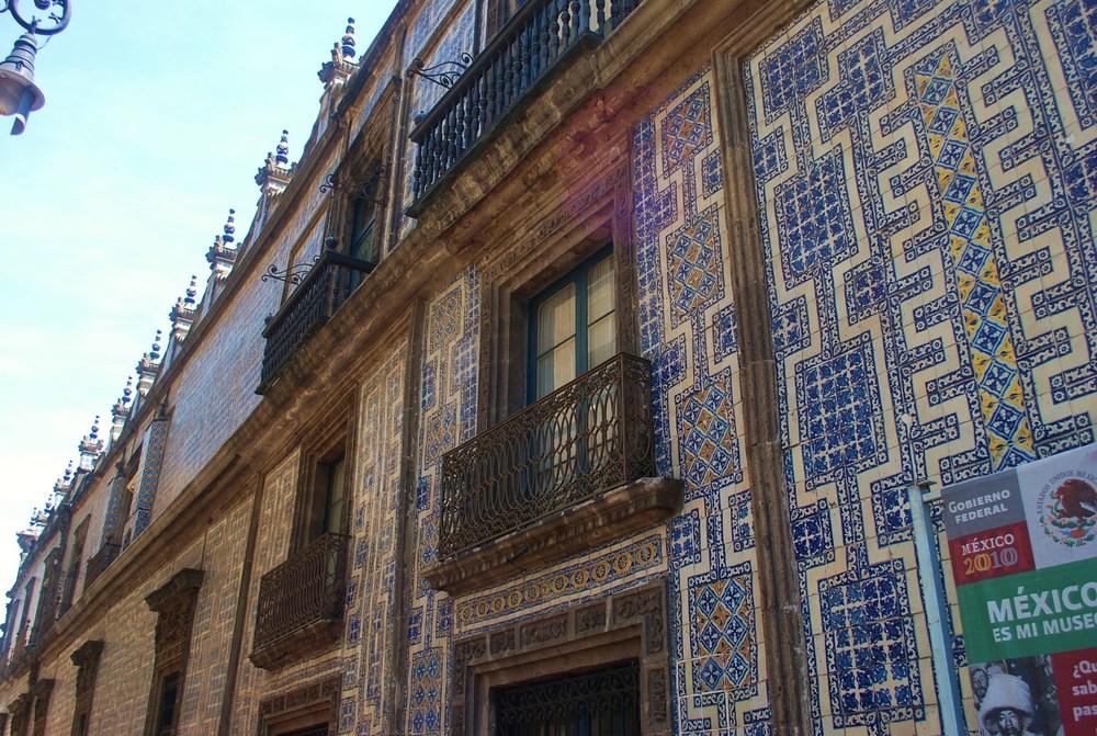 tile house side facade.JPG