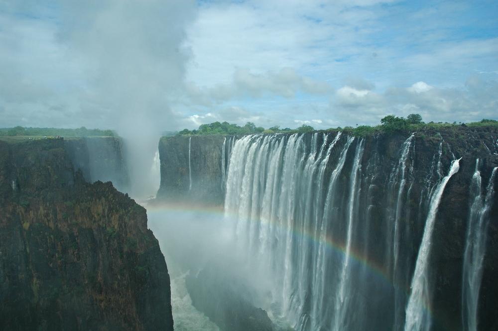 Victoria Falls, photo by Lori Toledano