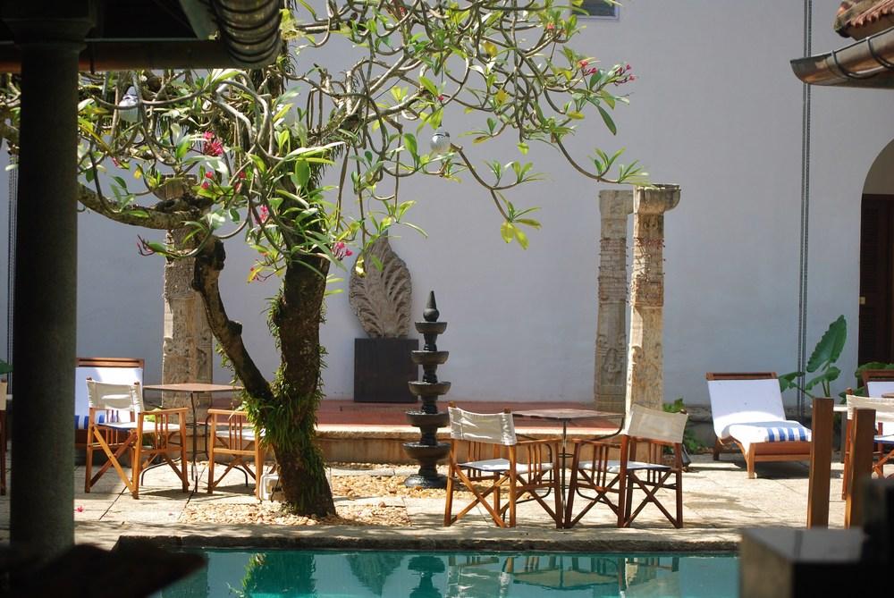 Malabar House courtyard.JPG