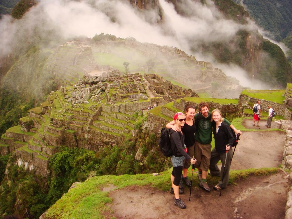 M&R Inca trail group.JPG