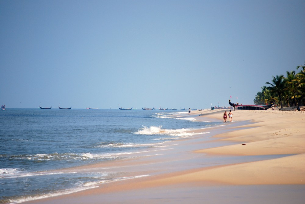 beach fishing boats.JPG