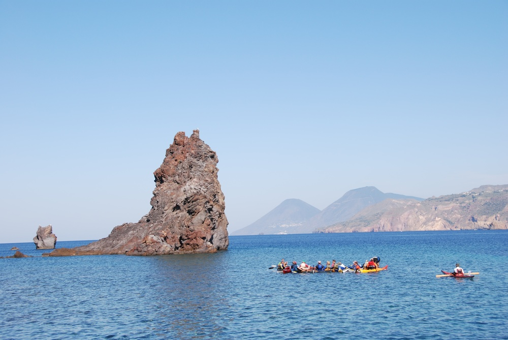 VULCANO KAYAKING.jpg