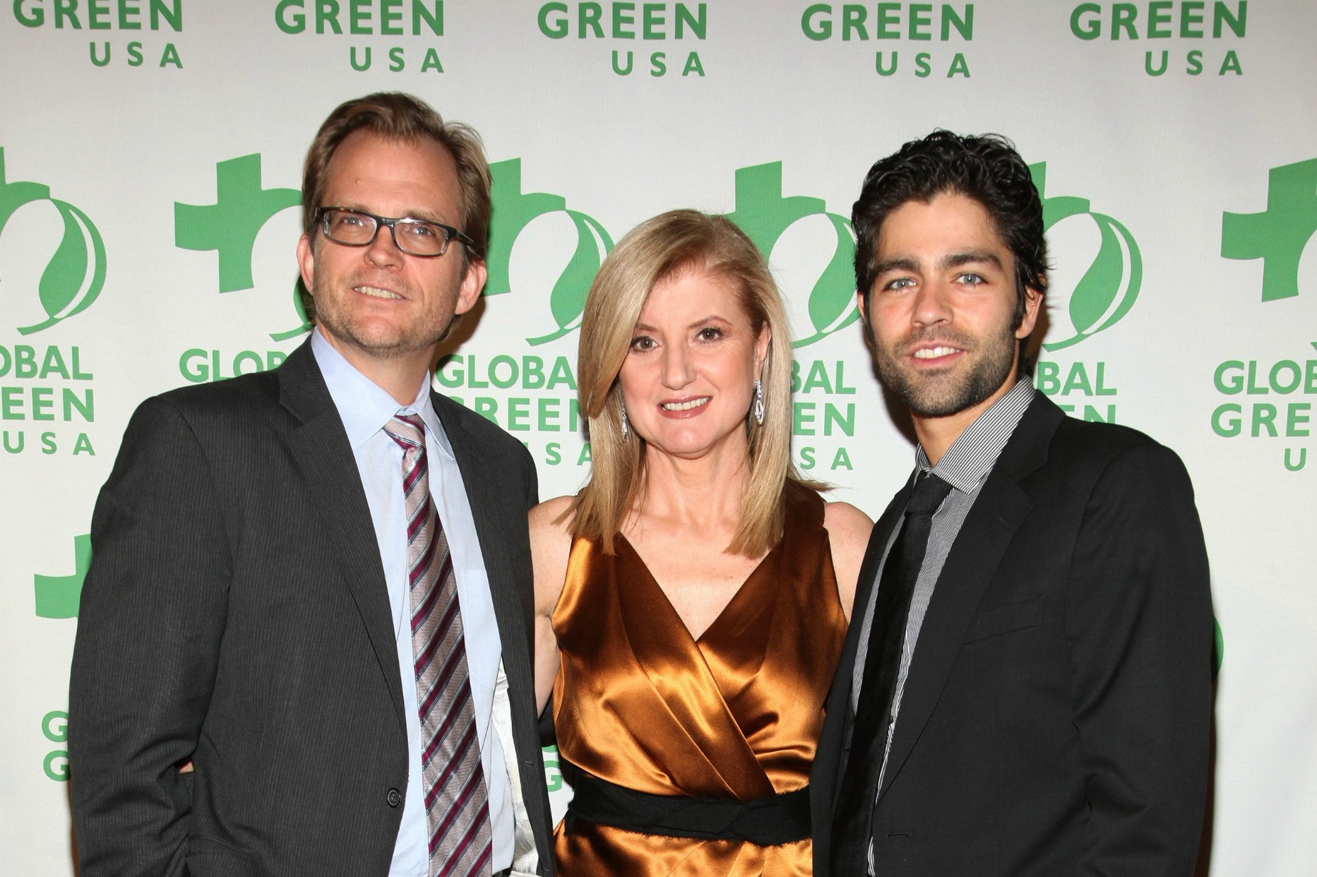 Global Green's Matt Petersen with Arianna Huffington and Adrian Grenier at the 2010 Sustainable Design Awards..