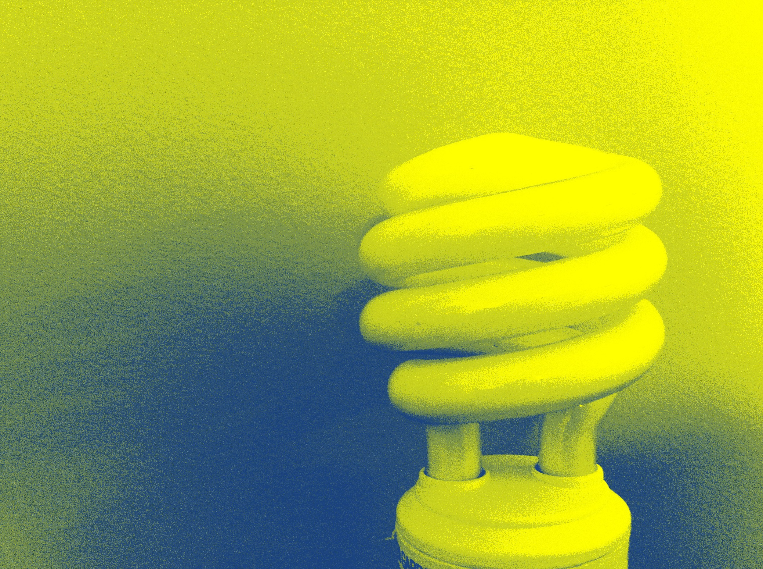 bl_light_bulb_blue_yellow