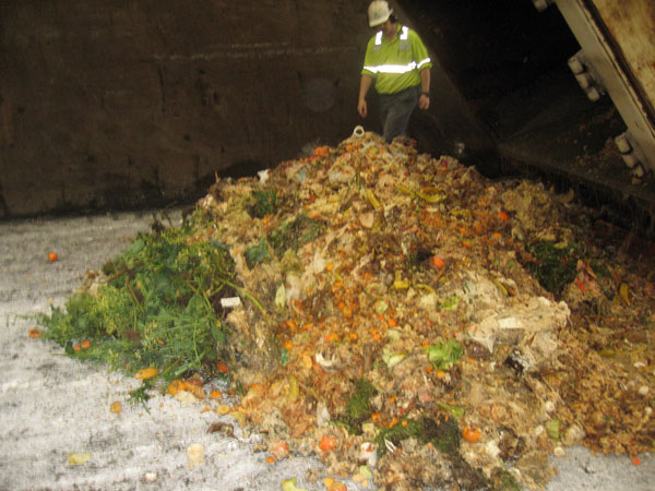 corr_portand_food_waste_pile