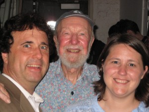 Stanley Kules, Pete Seeger, Annie White at Reclaim the Coast benefit concert