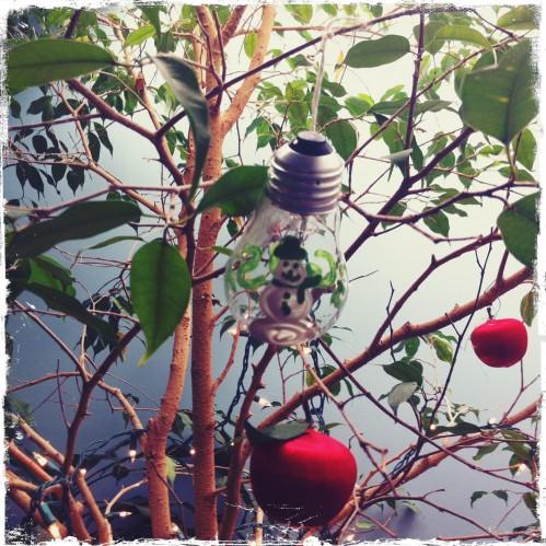 bl_lightbulb_ornament2