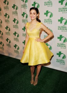 Emmy Rossum wearing eco beauty & fashion (Getty Images).