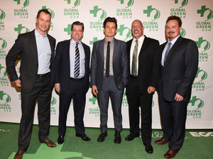 Sebastian Copeland, General Manager of Four Seasons, Michael Newcombe, Orlando Bloom, Les McCabe & William Bridge with Global Green