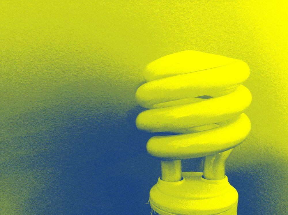 bl_light_bulb_blue_yellow.jpg