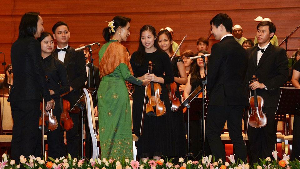 sg-myanmar_concerts-2.jpg