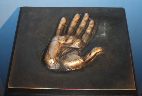 pope-john-paul-palm.jpg