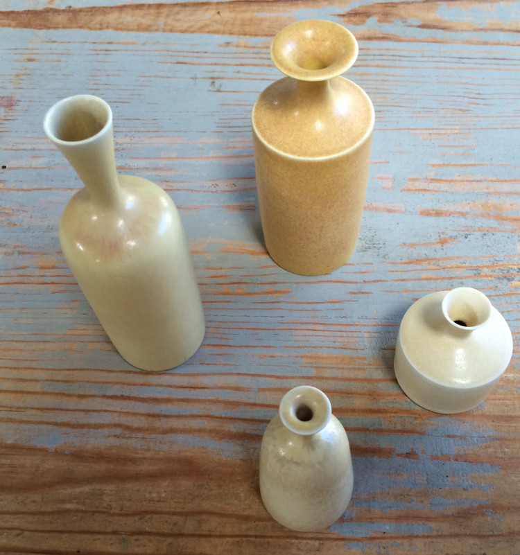 vases-750x801.jpg