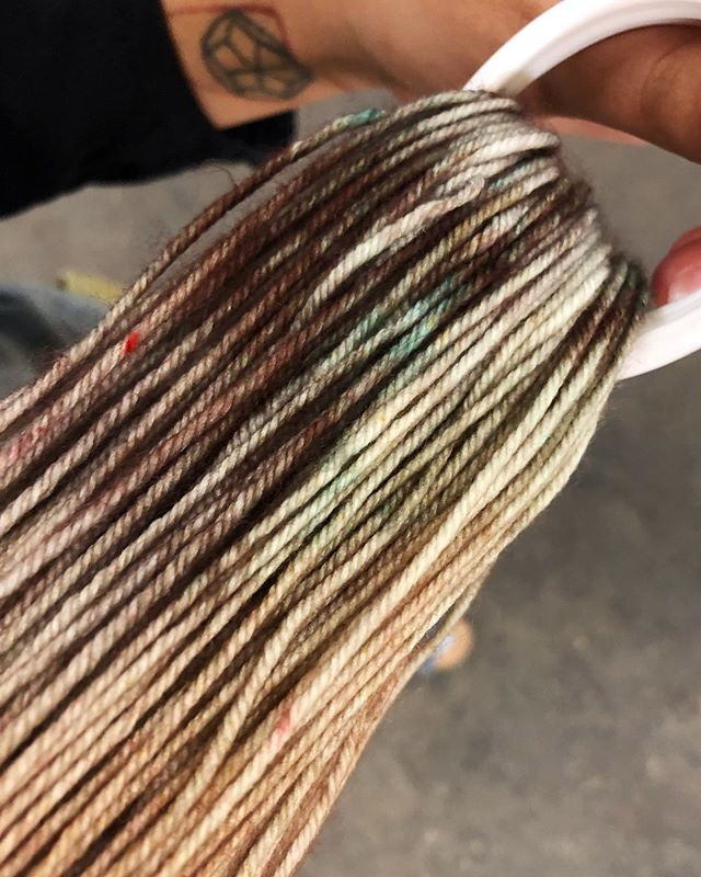 Dying some yarns!  #dork_goods #handdyed #yarndyeing #adorkslife #knitting #dkyarn #handmadegoods #workingartist