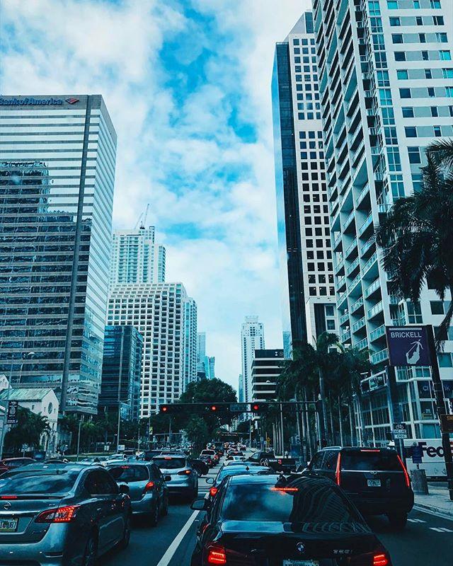 Miami traffic 👍🏼😎🏙🌴🚘