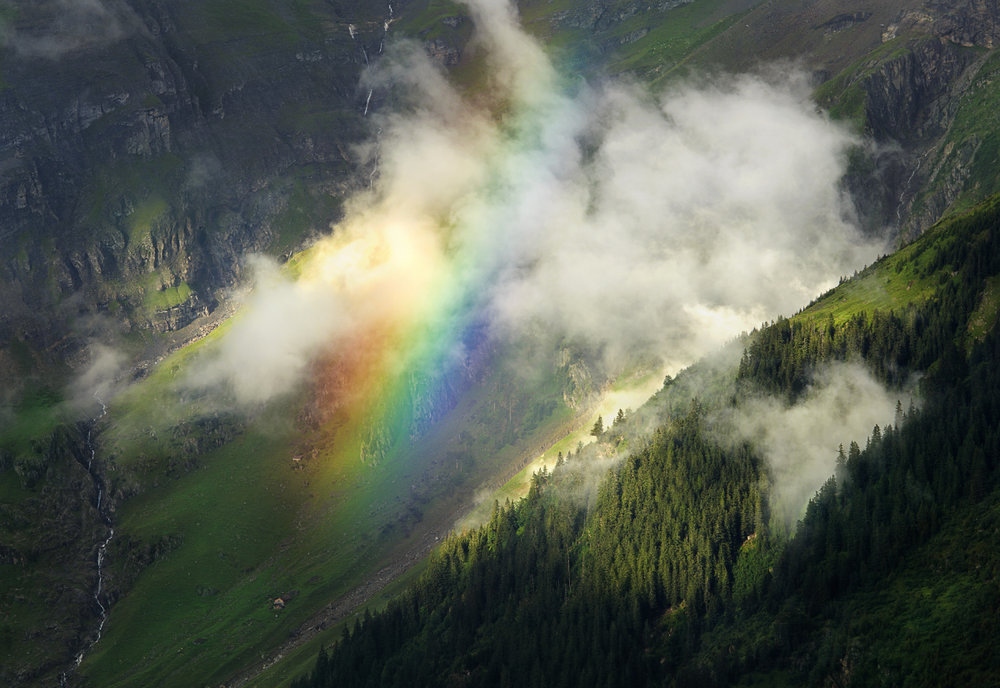 Rainbow_ClearingStorm_Switzerland_1200.jpg